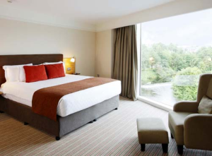 deluxe room at river lee